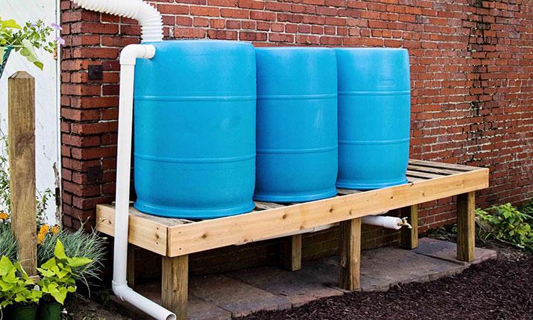 بشکه ذخیره و جمع آوری آب باران