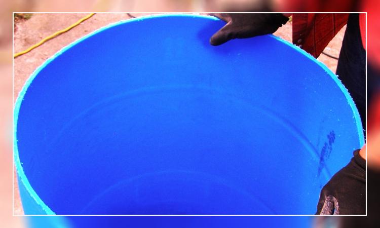 بشکه آبی پلاستیکی